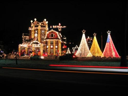 xmas light castle house